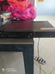 Home Theater Philco PHT690 5.1 Canais com DVD Player Entrada USB Karaokê  480W