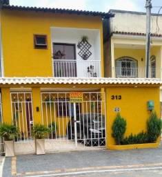 Nova Iguaçu-Casa Duplex 4quartos  sendo 1suíte