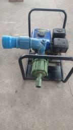 Bomba d'água a gasolina