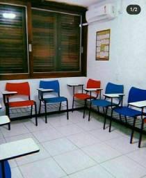 Vendo ou troco cadeiras universitárias