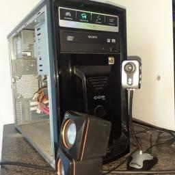 Vendo este PC USADO APENAS SO PEGAR NO WIFI OTIMO COMPUTADOR PARA USO SEM JOGOS,