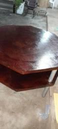 Mesa de madeira modelo octógono preço a negociar