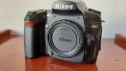 Camera Nikon D90