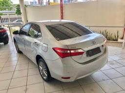 Toyota Corolla XEi automático único dono.