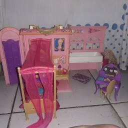 Quarto da barbie escola de princesas