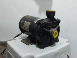 Vendo Bomba centrífuga WEG 1/3 CV