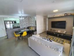 Apartamento com 72 m², 2 Dorm, 2 Banho, 2 Vagas, Varanda e Lazer.