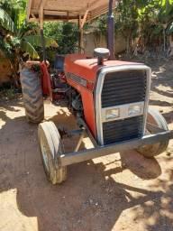 Título do anúncio: Trator MF 235 agricola