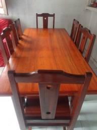 Mesa de excelente qualidade