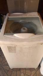 Máquina de lavar Consul.