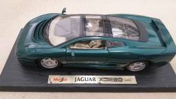 Miniatura Jaguar XJ220 Verde 1992