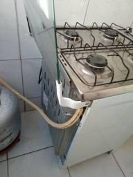 Fogão 4 bocas automático da marca esmaltec