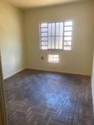 Casa, 2 quartos no Barreto/Niterói.