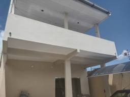 Linda casa de Dois Pisos + Piscina - Novo Aleixo / 3 Qrts