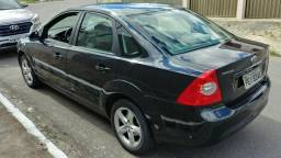 Ford Focus Sedan 2.0 Flex Aut 2010/2011 - 2011