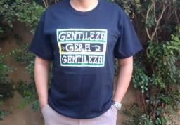 Camisas temáticas