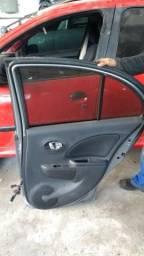 Portas Nissan march