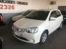 Vendo ou troco Toyota etios - 2016
