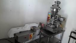 Formadora de Salgados MCI Robocop K1 com Empanadeira R1