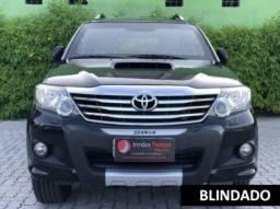 Toyota hilux sw4 2013 3.0 srv 4x4 7 lugares 16v turbo intercooler diesel 4p automÁtico - 2013
