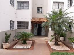Apartamento 2 quartos no Condomínio Res. Jardim das Hortênsias (Bairro Ana Célia)