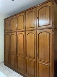 Guarda roupa madeira