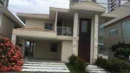 Casa duplex com 357 m² de área construída no Condomínio Ponta Negra Boulevard