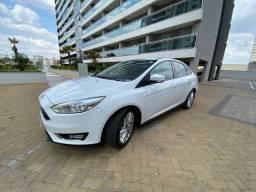Ford focus 2016/17 2.0 se plus fastback 16v flex 4p powershift