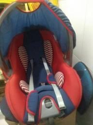 Título do anúncio: Cadeirinha de bebê Voyage unissex