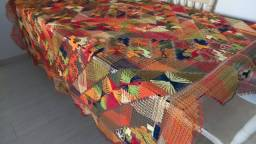 Toalha de mesa de renda filé colorida