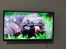 TV Led 32 Philco com Conversor e Receptor digital 2HDMI 1USB