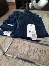 Título do anúncio: Jeans VANS original feminino tamanho 40.