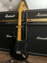 Guitarra Squier Stratocaster Vintage Modified