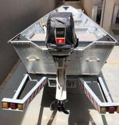 Conjunto Barco, motor e carreta
