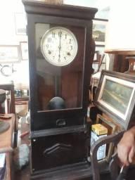 Relógio de ponto década 20