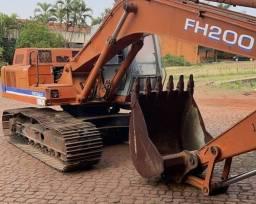 Título do anúncio: Escavadeira hidráulica FH200 ano 2996