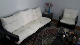 Sofá  em imbuia maciça