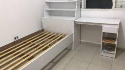 Título do anúncio: Cama com cama auxiliar e escrivaninha