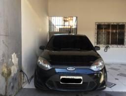 Fiesta sedan 1.6 I 2011 Bem conservado!