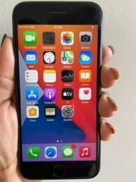 Título do anúncio: iPhone 7-32gb