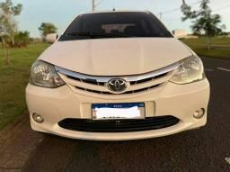 Toyota etios 1.5 xls 2013 zero