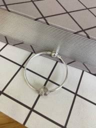 Título do anúncio: Bracelete Pandora rígido 17cm