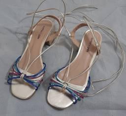Título do anúncio: Sandália nova sonho dos pés