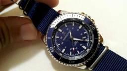 Título do anúncio: Relógio Hamilton quartz importado azul