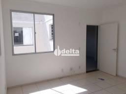 Título do anúncio: Apartamento com 2 dormitórios para alugar, 48 m² por R$ 700,00/mês - Shopping Park - Uberl