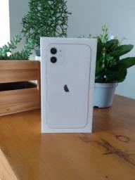 Título do anúncio: iPhone 11 64gb Preto Branco ou Vermelho || Novo || Savassi