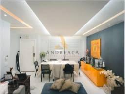 CONCETTO BIANCO - 404m², moderna, 3 andares, constando de: jardim, piscina, espaço gourmet