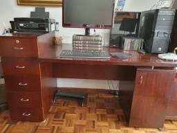 Mesa e Gaveteiro Escritório
