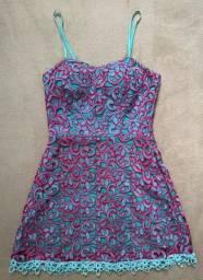 vestido curto guipir