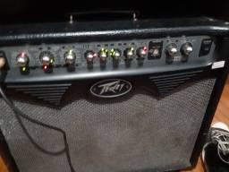 Amplificador de guitarra peavy 75w